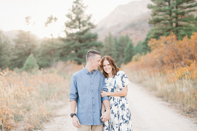 1064-oak-grove-utah-engagement-photos
