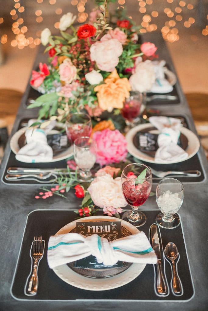 chalk-board-wedding-inspiration-cake-1313