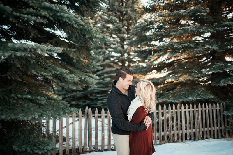 engagement-photos-in-the-snow-1084