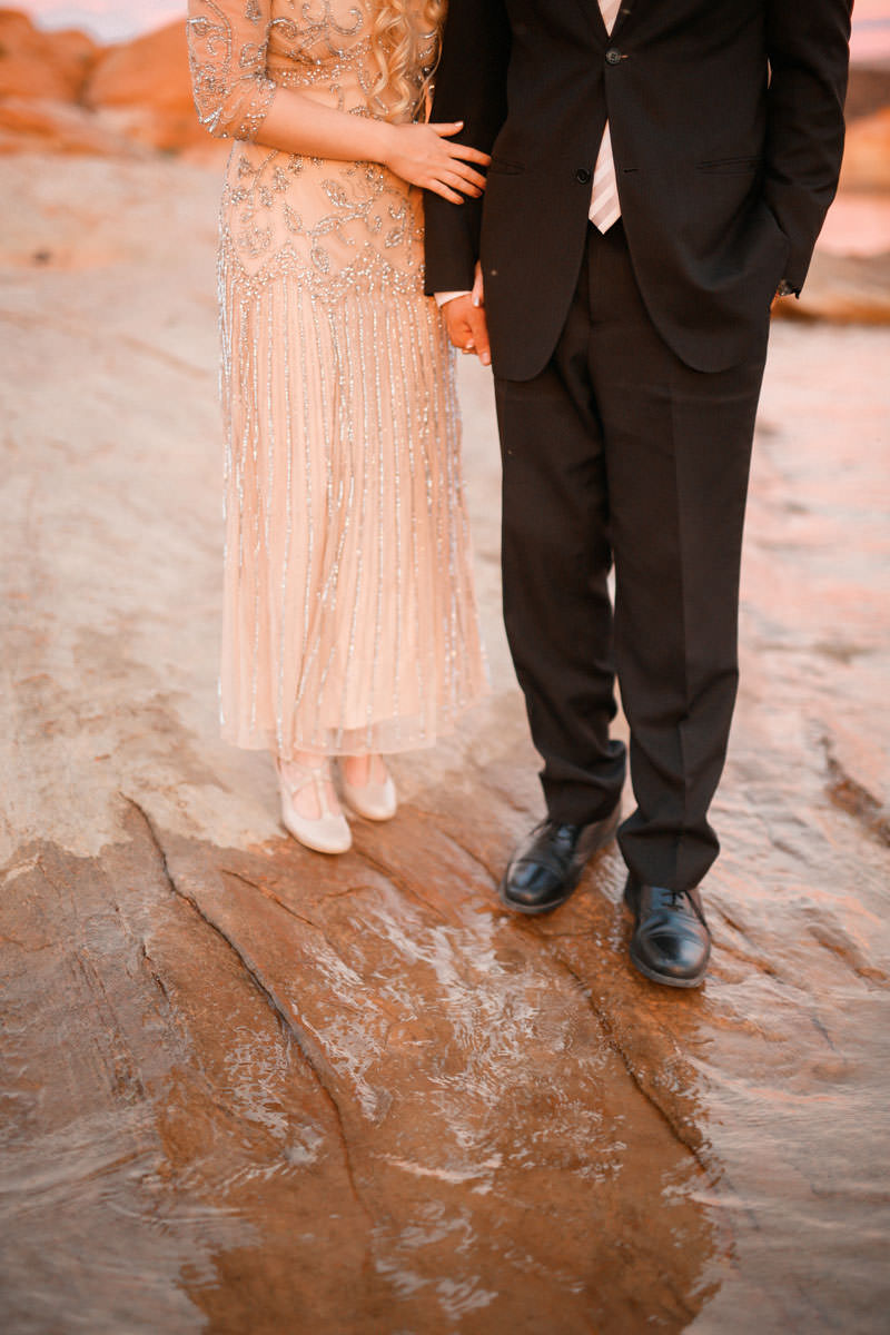 sand-hallow-sunset-utah-engagement-9769