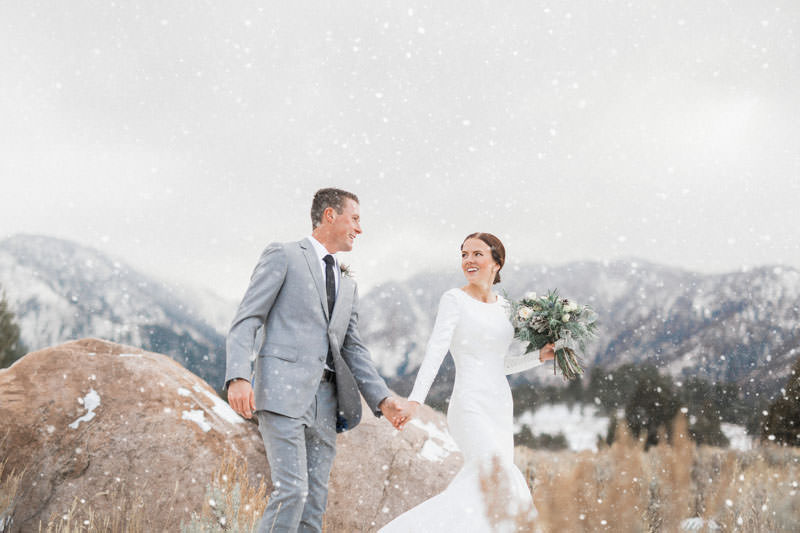 snow-fall-mountain-wedding-1246