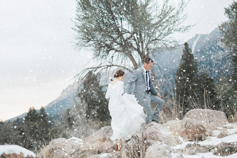 snow-fall-mountain-wedding-1259