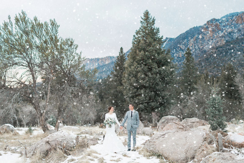 snow-fall-mountain-wedding-1263