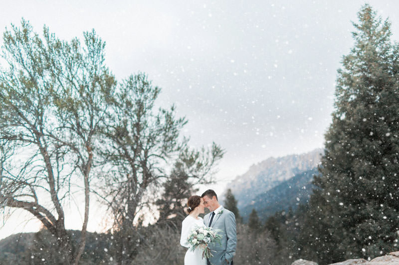snow-fall-mountain-wedding-1265