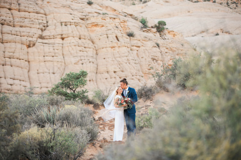 white-rock-snow-canyon-bridal-0963