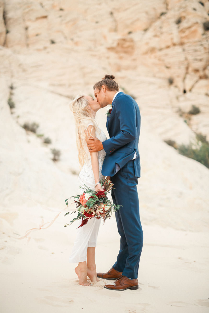 white-rock-snow-canyon-bridal-0989