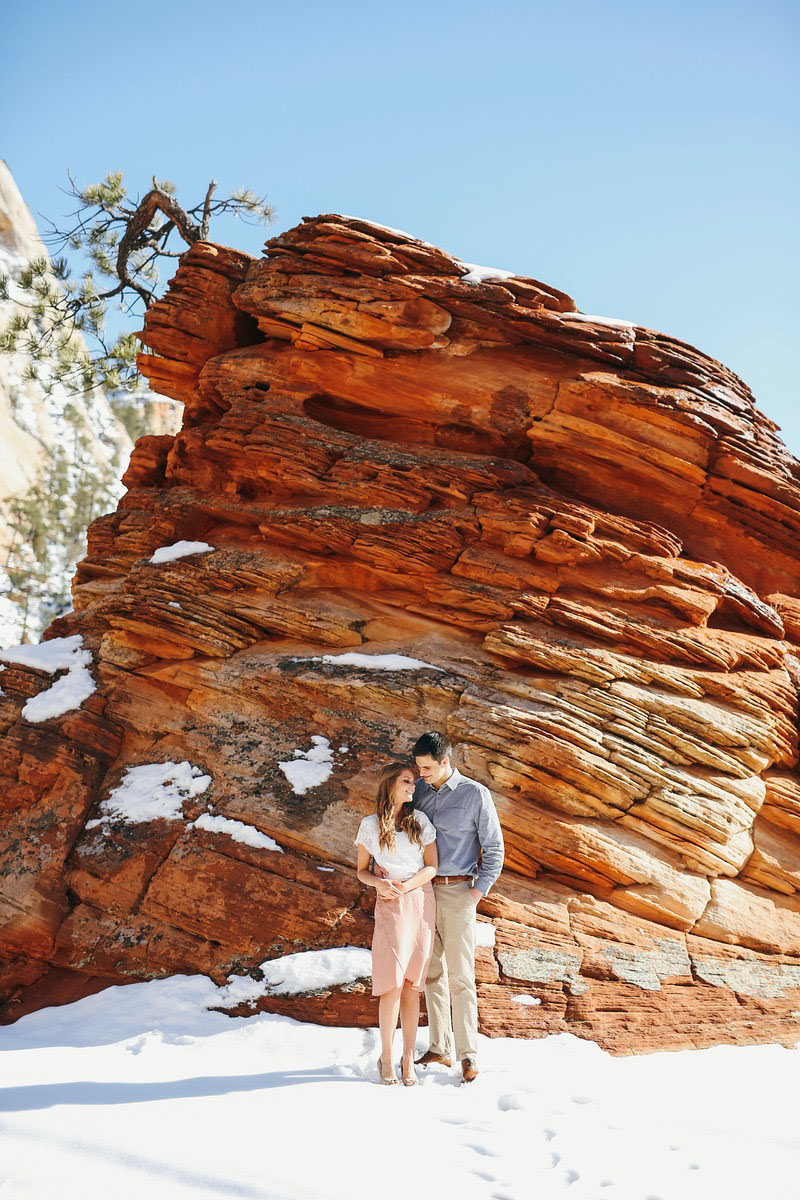 zion-snow-engagement-photos-1405