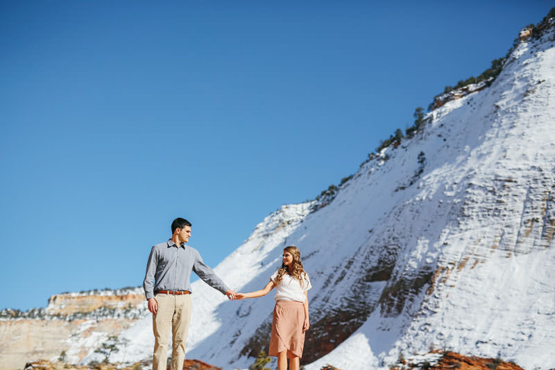 zion-snow-engagement-photos-1407