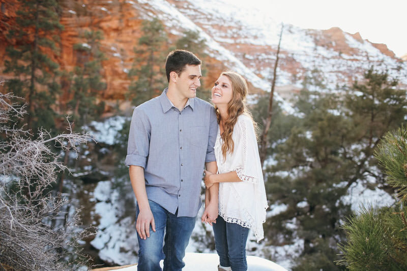 zion-snow-engagement-photos-1423