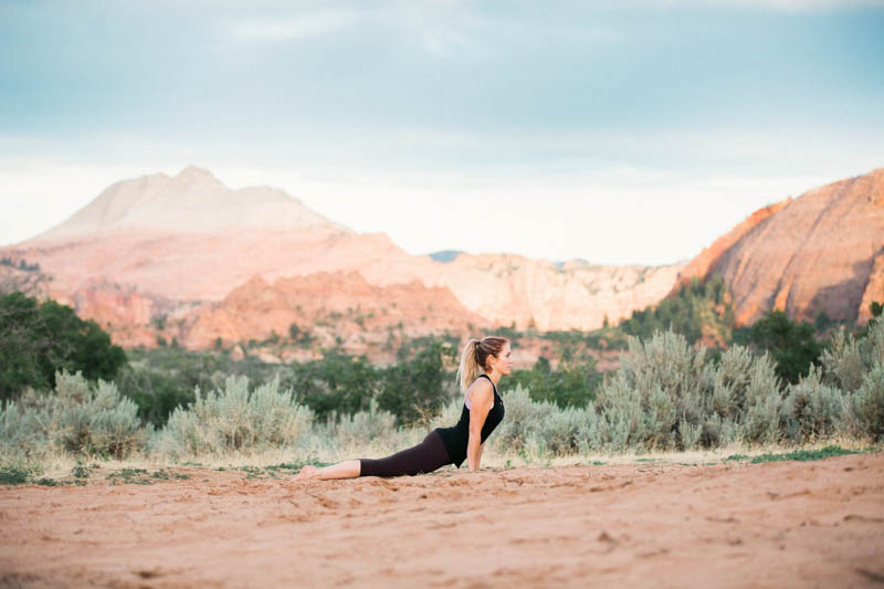 zion canyon yoga, yoga in zion, yoga outside, yoga in nature, southern utah yoga,