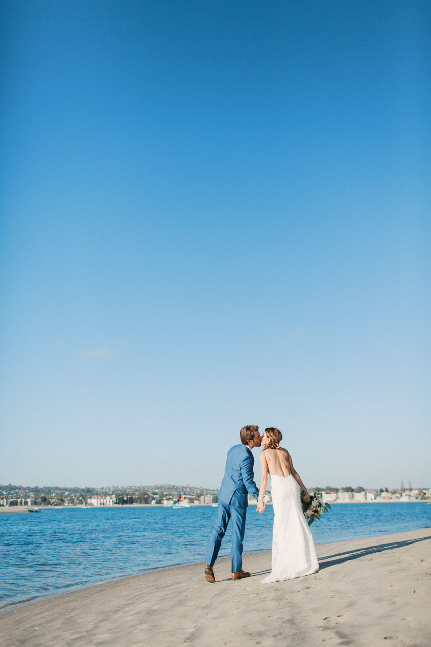 garty pavilion wedding, san diego rowing club wedding, garty pavilion wedding photographer, mission bay wedding, mission beach wedding, san diego wedding, san diego wedding photographer, carlsbad wedding photographer