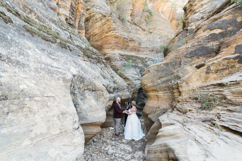 zion slot canyon wedding, elopement in zion, zion elopement, zion slot canyon elopement, eloping in zion